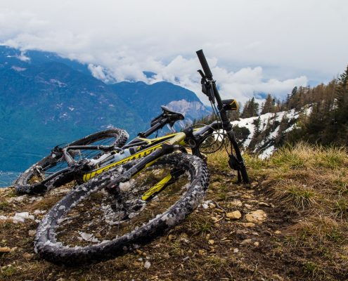 mountain biking Caldaro bike with snow