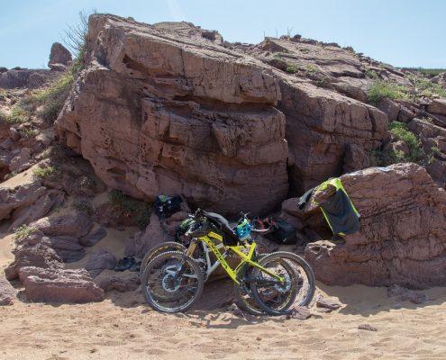 mountain biking Menorca bikes at the beach